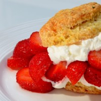 Ginger-kissed strawberry shortcake
