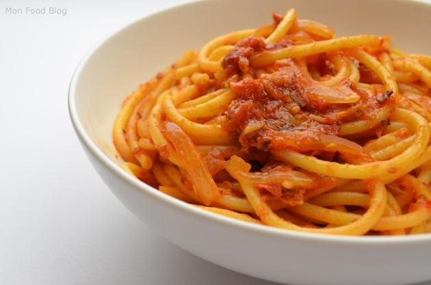 Bucatini all'Amatriciana | Mon Food Blog