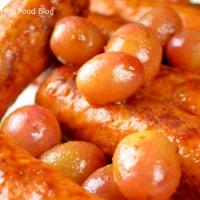 Salsiccia con uva (sausage with grapes)