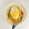 Spaghetti with zucchini, sausage andegg